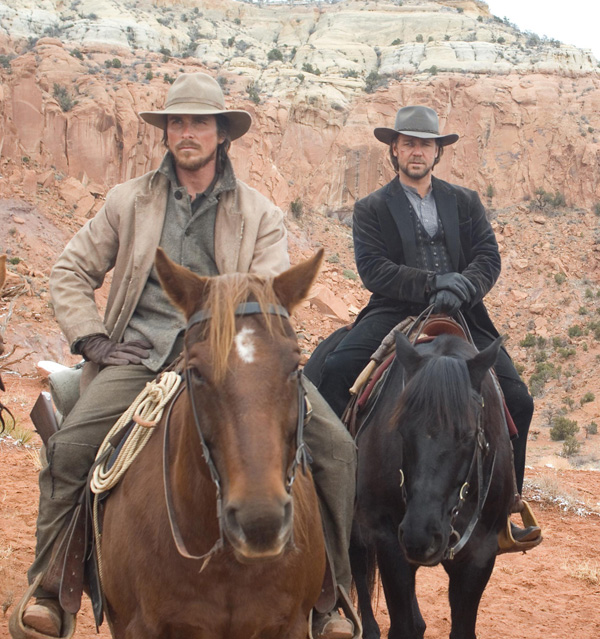 dan_evans__christian_bale__and_ben_wade__russell_crowe__in_310_to_yuma.jpg